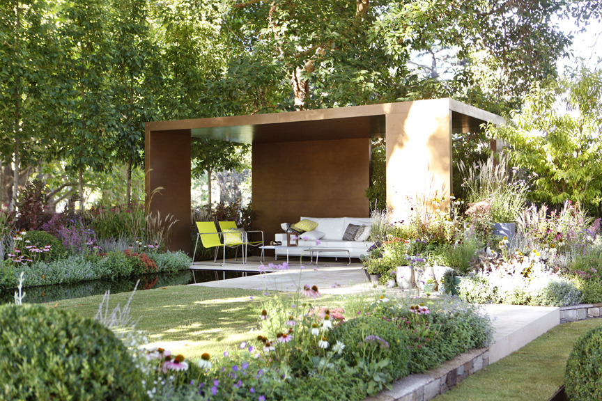 Ian barker garden design wins a gold medal at melbourne for Mg garden designs
