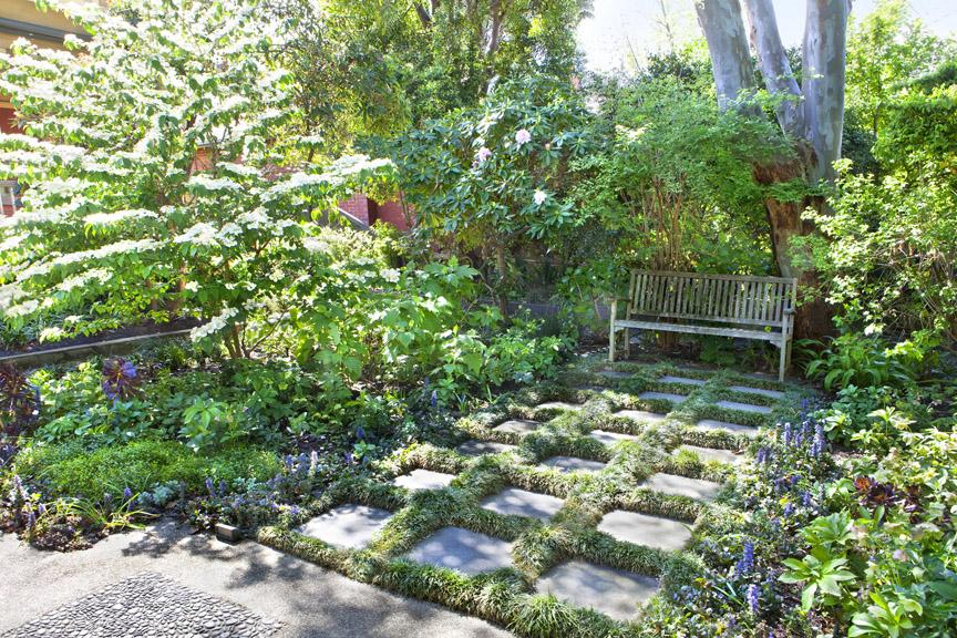 Ian barker gardens at 2013 victorian landscape awards for Landscape design victoria