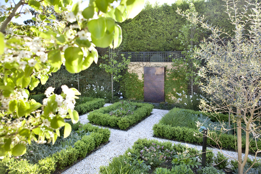 Gardens By Design gardens by design Formal Gardens Bookazine