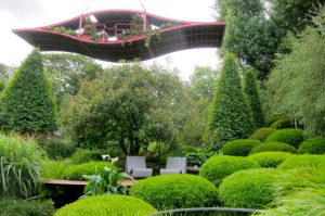 Diarmuid Gavin - International Garden Designer. Ian Barker Gardens. Garden Notebook Edition 22