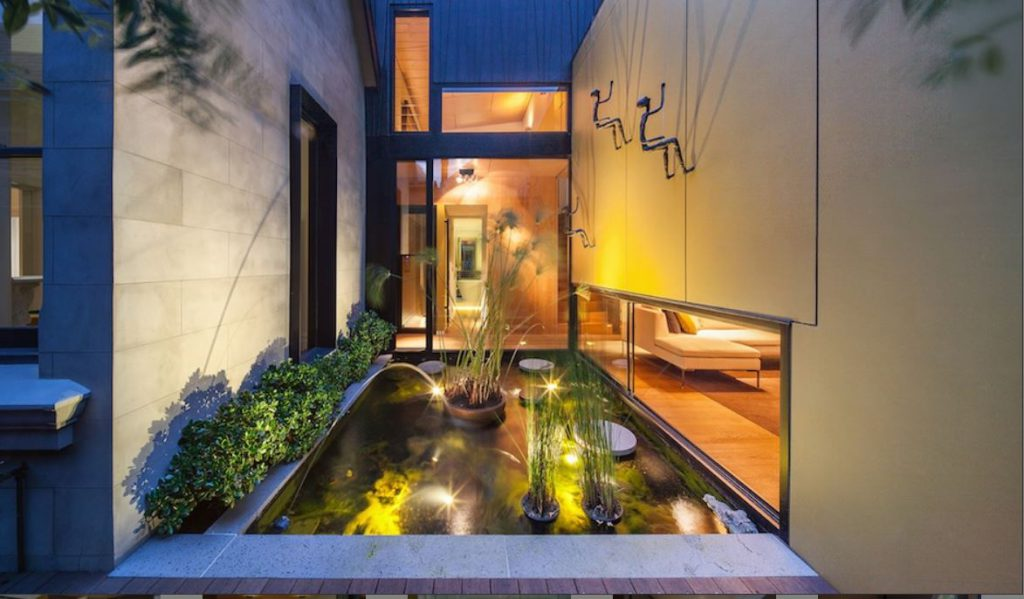 Nick Murray Armadale property. Ian Barker Gardens, garden design project.