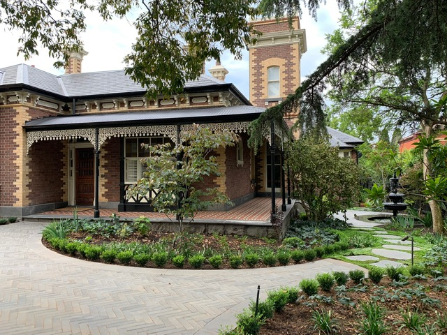 Hawthorn garden design project by Ian Barker Gardens