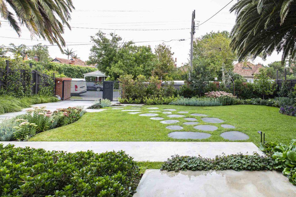 Elsternwick garden design project by Ian Barker Gardens